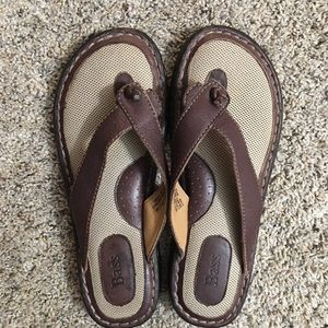 Bass Sandals Brown Leather Size 7.5